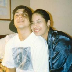 Chris Perez Shares Rare Photo Of Selena Quintanilla, Reveals Recent Dream Of Queen Of Tejano Selena Quintanilla Perez, Selena And Chris Perez, Selena Pictures, Selena Pics, Jackson, Aaliyah, American Singers, Corpus Christi, Pretty Woman