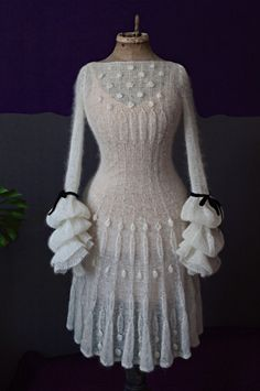 vestuvinės « Indra Dovydėnaitė -- for a funky wedding dress perhaps ? Knit Skirt, Knit Dress, Dress Skirt, Knitwear Fashion, Knit Fashion, Crochet Clothes, Types Of Fashion Styles, Crochet Lace, The Dress