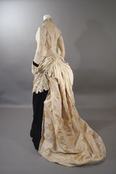 """Back of Van Dyke Gown. Possibly from an eBay sale, but it's been #1 on my """"to do someday, once I'm good enough!"""" list for the longest time."""