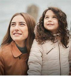 Kirgin çiçekler Turkish Women Beautiful, Turkish Beauty, Dark Art Photography, Best Movie Quotes, Love Justin Bieber, Turkish Actors, Celebs, Celebrities, Aesthetic Pictures