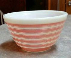 Beautiful Vintage Pyrex Ovenwear Nesting Mixing Bowl #401 with Rare Pink Stripes