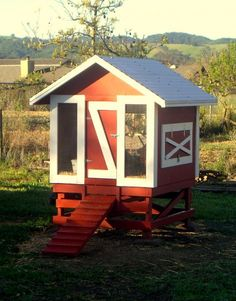 Chicken coop idea. Needs to be warmer for winter, though.