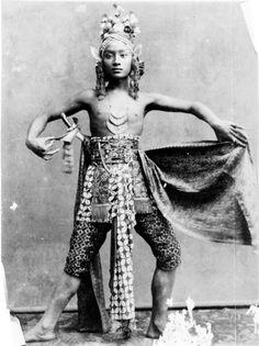 1885 Indonesia » Javanese Dance