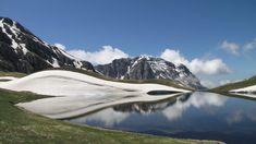 Δρακόλιμνη Τύμφης: Μια αλπική λίμνη στο Πάπιγκο γεμάτο με μύθους - itravelling.gr Mount Rainier, Mountains, Nature, Greece, Travel, Tv, Viajes, Naturaleza, Destinations