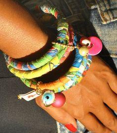 chita - pulseiras