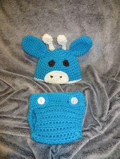 Super cute Giraffe Hat and Diaper Cover