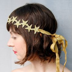 Clementine — Constellation Crown ~ Silver & Gold Glass Stars, for my little ones Star Costume, Moon Costume, Twinkle Twinkle Little Star, Gold Glass, New Years Party, Bandeau, Diy Hairstyles, Constellations, Tech Accessories