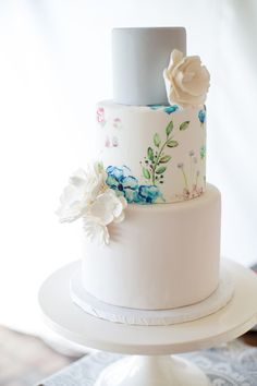 Watercolor wedding ideas bring out the fun in summer wedding planning! From spectacular wedding cakes to fun floral bridesmaid dresses and invitations, there are so many greatways to incorporate soft pastels into your decor. Check below for some of our favorite watercolor details to get you inspired! Click here to see more gorgeous watercolor wedding […]