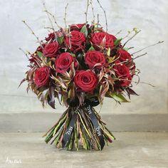 Wonderful bouquets in McQueens Valentine's Day 2014 Collection | Flowerona