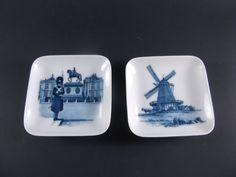 SALE Royal Copenhagen Plaques Pair Miniature Hangers by acornabbey on Etsy Royal Copenhagen, Wall Plaques, Vintage Home Decor, Hangers, Shops, Miniatures, Pairs, Pottery, Antiques