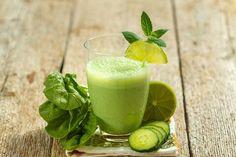 Leer wat een groene smoothie precies is, waarom ze zo gezond zijn en 7 tips hoe je de lekkerste, goedkoopste en gezondste groene smoothies kan maken en drinken.