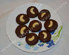Chocolate Peda Cookies, Chocolate, Desserts, Food, Peda, Crack Crackers, Tailgate Desserts, Deserts, Biscuits