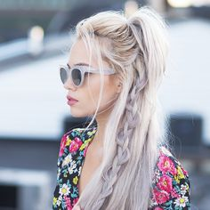 Hair Styles 2018 Forget what it's like to have a bad hair day, with these easy hairstyles. Discovred by : Byrdie Beauty Bohemian Hairstyles, Trendy Hairstyles, Braided Hairstyles, Updo Hairstyle, Prom Hairstyles, Braided Updo, Short Haircuts, Hairstyle Ideas, Medium Hair Styles