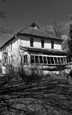 Old farmhouse of grand proportions, Sherwood, NY