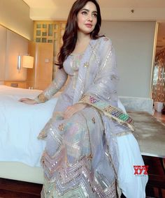 Neha Sharma Insta naughty actress cute and hot tollywood plus size item girl Indian model unseen latest very beautiful and sexy bollywood we. Pakistani Fashion Casual, Pakistani Dress Design, Pakistani Outfits, Indian Outfits, Indian Fashion, Dress Indian Style, Indian Dresses, Indian Wear, Oscars Red Carpet Dresses