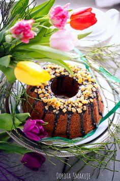 Babka kawowa po irlandzku #Irish #coffee #cake Irish Coffee Cake, Doughnut, Desserts, Food, Tailgate Desserts, Deserts, Essen, Postres, Meals