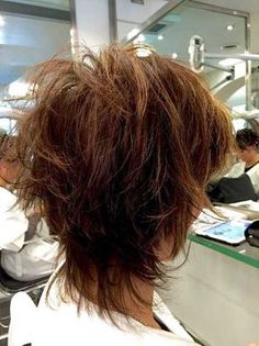 Best Short Layered Haircuts for Women Over 50 Short-Layered-Hai._ Best Short Layered Haircuts for Short Shag Hairstyles, Bob Hairstyles For Fine Hair, Layered Hairstyles, Short Haircuts, Hairstyles 2018, Pretty Hairstyles, Hairstyles Pictures, Holiday Hairstyles, Girl Hairstyles