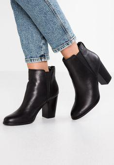 ALDO PESSA - Bottines à talons hauts - black - ZALANDO.FR Zalando Shoes, Black Noir, Aldo, Booty, Ankle, Pie, Fashion, Zapatos, Ankle Boots