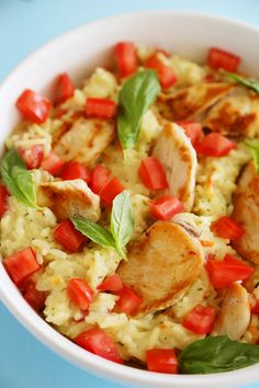 Creamy Bruschetta Chicken and Rice – Hearty, healthy and super quick for family dinners. This recipe is a keeper!