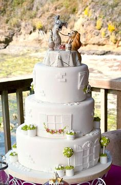 For all of you princesses out there that dreamed of a Disney wedding we have found some truly magical Disney wedding cakes to make your fairytale a reality.