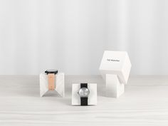 TID Display Blocks is a minimalist design created by Sweden-based designer Form Us With Love. Watches Photography, Watch Display, Diamond Stores, Display Block, Pop Up Shops, Visual Merchandising, Jewellery Display, Store Design, Minimalist Design