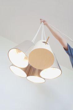 A inusitada e lúdica Bird Lamp, da designer Veronika Paluchova.