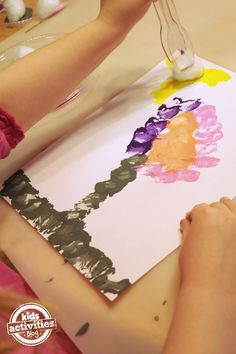 This is such a great idea --- Playful Fine Motor Skills Painting Activity