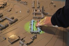 touch-responsive 3D maps provide navigation to visually impaired