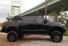Toyota : Tundra Limited - TRD Supercharged - Tons of Extras