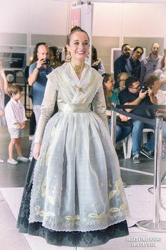 Resultado de imagen de lanzaderas espolin Tulle, Victorian, Formal Dresses, Skirts, Exotic, Child, Diy, Fashion, Models