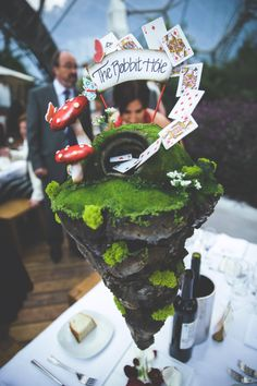 Most Epic Centrepiece I have ever seen at this Glastonbury Festival themed wedding.  Photography: http://www.alanlawphotography.co.uk/