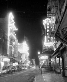 San Francisco, CA Chinatown in 1945 by army. Living In San Francisco, San Francisco California, Rare Photos, Old Photos, Vintage Photographs, Great Places, Places To Go, North Beach, Northern California