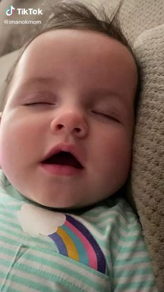 Cute Funny Baby Videos, Cute Funny Babies, Funny Videos For Kids, Funny Kids, Cute Kids Pics, Cute Baby Pictures, Cute Baby Boy Pics, Cute Babies Pics, Adorable Babies