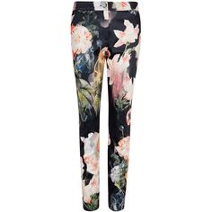 Ted Baker AASHA Opulent Bloom pant (6.485 UYU) ❤ liked on Polyvore featuring pants, bottoms, trousers, jeans, black, ted baker, floral printed pants, floral-print pants, flower print pants and floral trousers