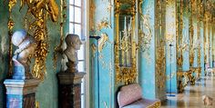 ca. 1740-1744 - The 'Green Room' at Schloss Charlottenburg, Berlin, Deutschland. The palace was built at the end of the 17th century and was greatly expanded during the 18th century. Designed and built by Wenzelslaus von Knobelsdorff, King Frederick II's favorite architect.