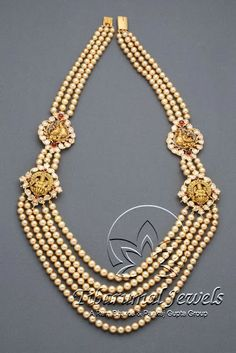 Indian Jewellery and Clothing: Divine temple jewellery fom Tibarumal jewels. Pearl Jewelry, Indian Jewelry, Pendant Jewelry, Wedding Jewelry, Antique Jewelry, Gold Jewelry, Nice Jewelry, Gold Necklaces, Pendant Necklace