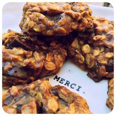 Vegan, gluten-free, (almost) guilt-free cookies! So easy to make and delicious to munch on! @NYHRC #vegan #glutenfree