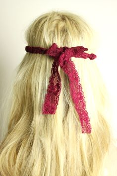 Geflochtenes Hippie Haarband mit Spitze | Hippie Go Lucky #haarband #hippie #geflochten #headband #boho #spitze #lace