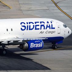 Sideral Cargo Boeing 737-400 @ Aeroporto do Galeão GIG/SBGL - by renatospotter