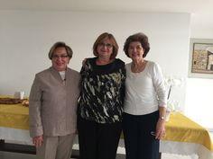 As chaverot se reuniram para ouvir lindas histórias sobre o ano novo judaico.
