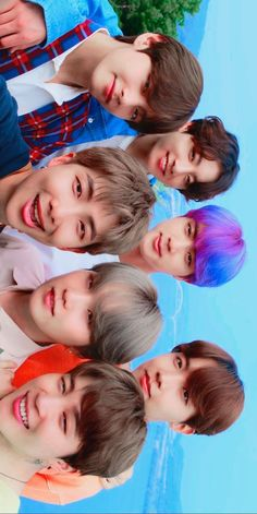 Seoul City TVC] Full series version by BTS I love the fact that the rest of them have natural hair colors and then there's jin😂 Bts Lockscreen, Foto Bts, Bts Jin, Bts Taehyung, Bts Bangtan Boy, Theme Bts, Kpop, Bts Beautiful, Beautiful Pictures