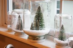 Sweet Something Designs: Waterless Snow Globes. It would be even prettier with red ribbon around the base to cover the neck and lid.