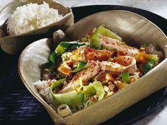 Scharfer Weißkohl mit Lachs ist ein Rezept mit frischen Zutaten aus der Kategorie Meerwasserfisch. Probieren Sie dieses und weitere Rezepte von EAT SMARTER!