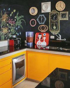 Amarelo para começar bem o dia. #cozinha Pinterest: br.pinterest.com/pinideias www.ideiasdiferentes.com.br  Imagem não autoral 