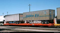 http://www.railcarphotos.com/pix/47/ATSF%20291606_San%20Bernardino%20CA_Ron%20Hawkins_1980-10-18_47613.jpg
