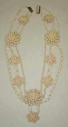 Gold or Silver Scissor Earrings Scissors Boho Bohemian Jewellery Gift A198