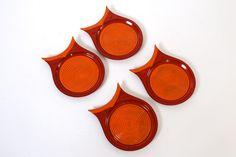 Mid Century Modern Japanese Owl Plastic Coasters. Beautiful Minimal Design
