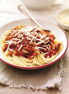 Make this spaghetti sauce recipe in your RICARDO electric pressure cooker or Instant Pot. Pressure Cooker Spaghetti, Ricardo Recipe, Bolognese Sauce, Spaghetti Sauce, Pressure Cooker Recipes, Pressure Cooking, Slow Cooker, Sauce Recipes, No Cook Meals
