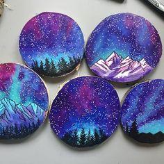 Pebble Painting, Pebble Art, Stone Painting, Painting On Wood, Rock Painting Patterns, Rock Painting Ideas Easy, Rock Painting Designs, Painted Rocks Craft, Hand Painted Rocks