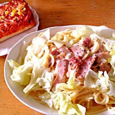 かるぼなーら!余熱で麺茹でながらハムスターにご飯あげてたらのびた(´・_・`) - 2件のもぐもぐ - カルボナーラ(野菜のせ) by izumiho